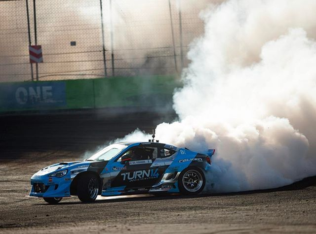 Laying down a @falkentire smoke screen at @formulad Orlando.