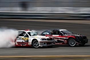 Battle it out! @hgkracingteam @alexheilbrunn #formuladrift #formulad