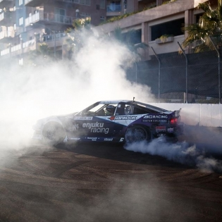 Lets light it up! @natehamilton144 @hankookusaracing #formuladrift #formulad