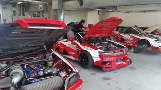 Power garage! - Formula Drift Japan Round.3 Fuji Speedway today + tomorrow #FDJapan #FormulaDriftJapan #FormulaDrift