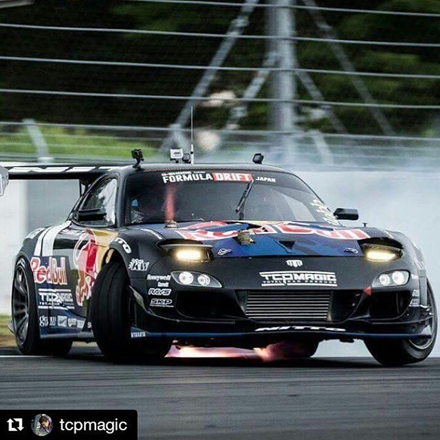 Repost @tcpmagic ・・・ Fire  the west gate  by !! photo by @nihonjam
