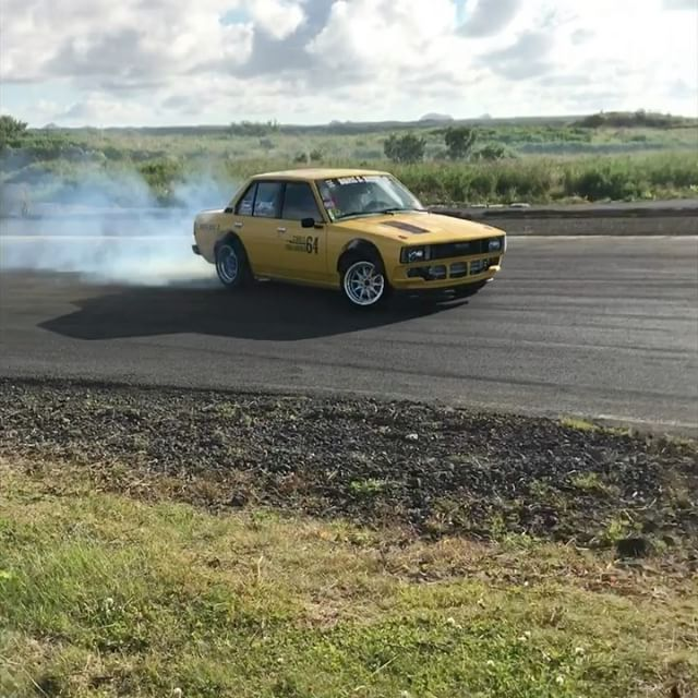 Some quick clips from Saturday of me with @gretarkarls sweet sedan drifting around the track in Iceland. Have you ever seen a car like this that shreds this hard? Gotta love those classics!