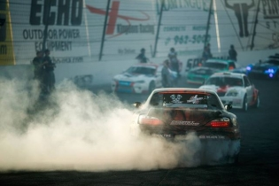 It's Monday, burnouts will make things better #formulad  @larry_chen_foto