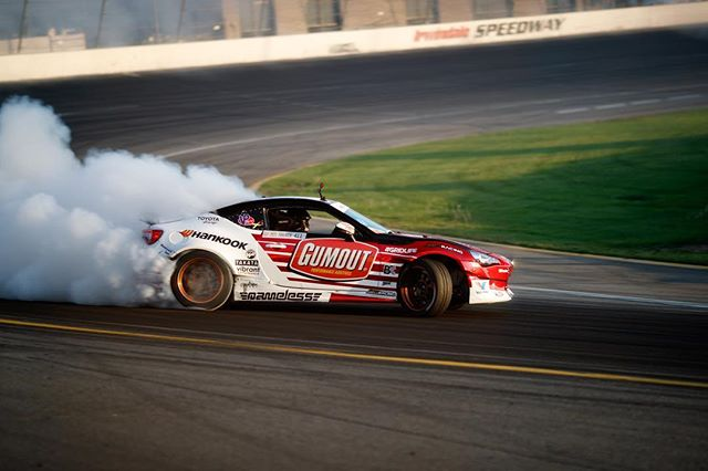 Qualifying is under way here at @formulad Irwindale. Check out the live stream to see the action. @gumout @blackmagicshine @namelessperformance @bcracingna