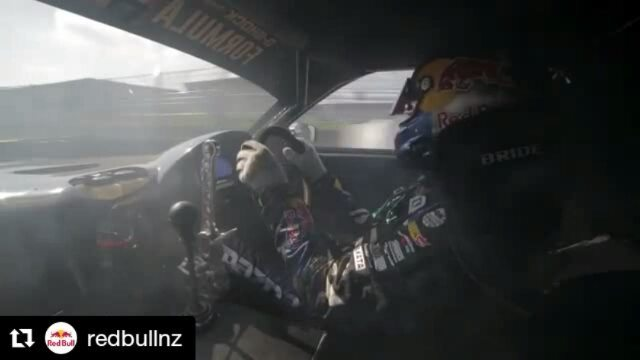 Repost @redbullnz ・・・ 🤘@madmike.123 & HUMBUL in practice.  Watch the LIVE STREAM of today's qualifying in the final round of @formuladjapan in our bio link!