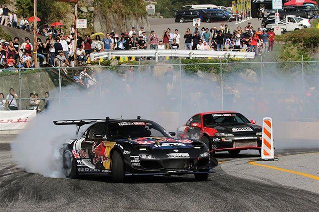 Smokey days at Formula DRIFT JAPAN