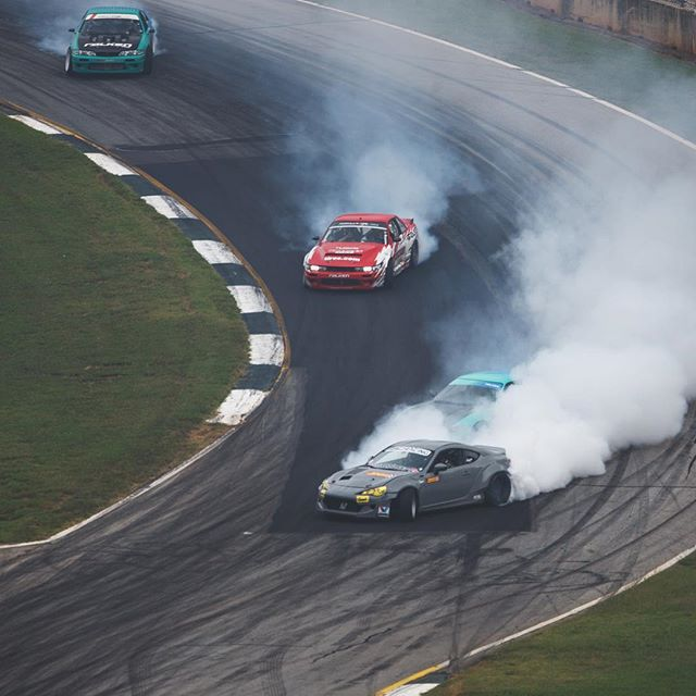 Blazing the @roadatlanta downhill s-turns with the Falken squad at @gridlifeofficial.