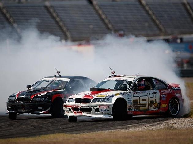 Which BMW? 🤔 @hgkracingteam @alexheilbrunn | Photo by @larry_chen_foto #formulad #formuladrift