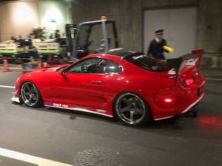 My favorites & neckbreakers from Tokyo Auto Salon! Swipe left ️. By the way: This show is a must-do if you like modified cars and Japan! #TAS #Supra