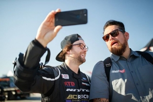 """Do you think @JarodDeanda asked @ChelseaDenofa to """" #SENDIT""""? Catch our Tour Cities for our 15th Year Anniversary: bit.ly/FormulaD2018 #FormulaDRIFT #FormulaD #FDXV"""