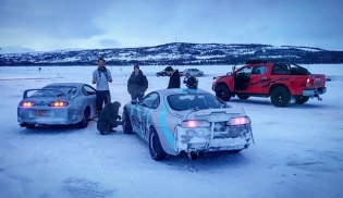 Two Supras, one rescue rig, a frozen lake = recipe for a good time! #icedrift #offseason #snowspray