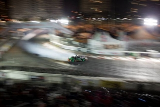 When a #Throwback gives you the FEALs. Are you ready for another run by @odidrift at The Streets of Long Beach? Celebrate our 15th Year Anniversary with us, tickets on sale now: bit.ly/FDLB2018 (link in bio) #FormulaDrift #FormulaD #FDXV #FDLB