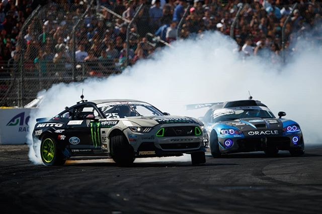 Mustang vs. Viper - who attacks first?  Come see @NittoTire's @VaughnGittinJr and @AchillesTire's @DeanKarnage at RD1: Streets of Long Beach on Apr 6-7th. Tickets on sale now: bit.ly/FDLB2018 (link in bio)