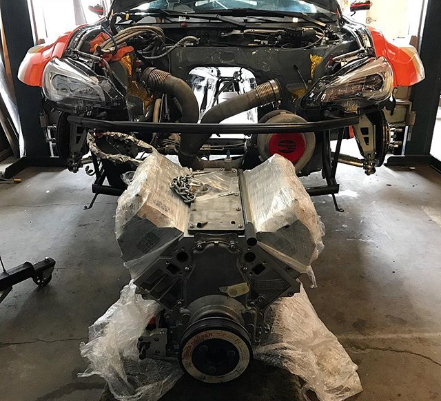 My newly refreshed motor is ready to be installed. It wasn't quite ready last week for the @eneosusa video shoot but definitely worth the wait. ⠀⠀⠀⠀⠀⠀⠀⠀⠀ @runbc @wpctreatment @jepistons @motoiq