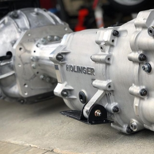 Our @holinger_engineering #RD6 bolted on to the 2jz and ready to be put in the bay. #6speed #Sequential #RT411
