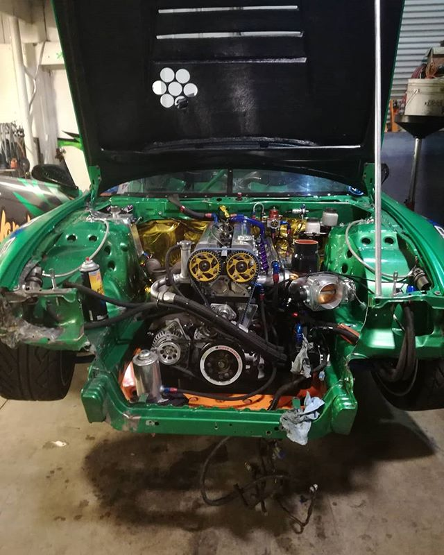 We're slowly up grading the front and the inside of the s14 ,with that a ECU up grade from @haltechecu for both S14 and S15. Thanks Haltech