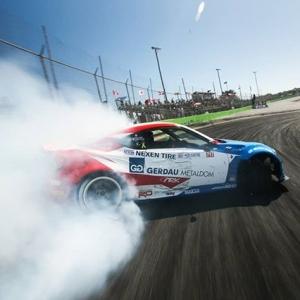 @jcastroracing drifting his battle damaged Toyota 86. #FormulaDRIFT #FormulaD #FDXV #FDORL #toyotaracing 📸@larry_chen_foto