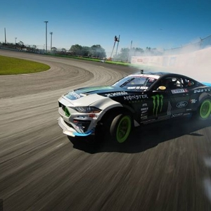 Don't look back or he'll get you @nittotire @vaughngittinjr Next up, NAPA Auto Parts RD3: Road to the Championship presented by @officialrainx in Atlanta, GA on May 11-12. Tickets link in our bio. #FormulaDRIFT #FormulaD #FDXV #FDATL