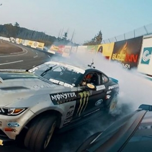 Are You Ready to THROWDOWN at @autozone RD5: Throwdown presented by @officialrainx in Monroe, WA on July 20-21. Tickets: (link in bio) #FormulaDRIFT #FormulaD #FDXV #FDSEA