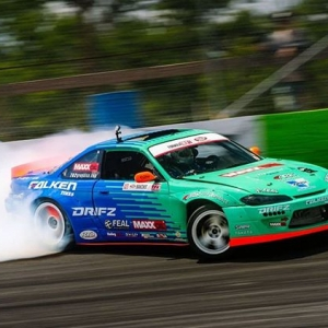 Formula DRIFT sponsor, @Maxx_Oil and@OdiDrift are coming in hot to Evergreen Speedway this weekend! @AutoZone RD5: Throwdown presented by @OfficialRainX in Monroe, WA on July 20-21. Tickets: Link in bio #FormulaDRIFT #FormulaD #FDXV #FDSEA