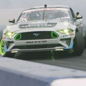 Fun Haver @vaughngittinjr | @nittotire | @mustangrtr Ready to Throwdown! Tune in to the Main Competition Today at @autozone RD5: Throwdown presented by @officialrainx Watch the Live Stream: 12:45 PM PST | 3:45 PM EST (link in bio) #FormulaDRIFT #FormulaD #FDXV #FDSEA