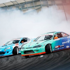 The boys giving us a little preview of Saturdays action. @daiyoshihara @odidrift #fdsea #formulad #fdxv Photo by @larry_chen_foto