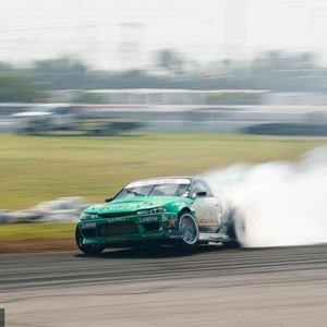 808s & Heartbreak @forrestwang808 | @achillestire is up for the challenge at @autozone RD7: SHOWDOWN presented by @OfficialRainX in Fort Worth, TX. Tickets: (link in bio) #FormulaDRIFT #FormulaD #FDXV #FDTX