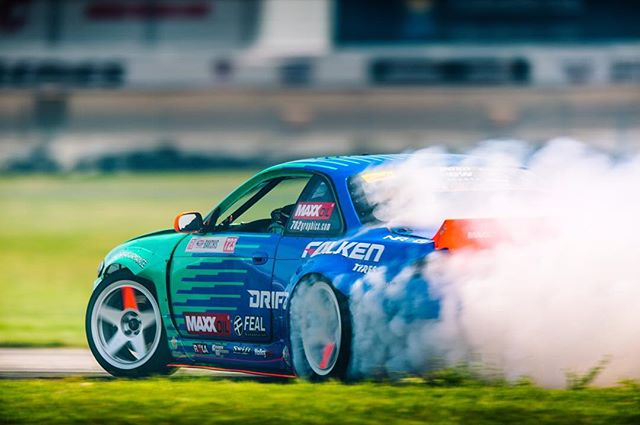 @odidrift here taking over this IG account. Getting used to the fast track. The biggest challenge for teams here is to make your tires last two runs. Quick break and back out for more runs! @falkentire @fealsuspension @drifzwheels  @maxxoil_usa  @maxx_oil @arkperformance @getnrg @swiftsprings @boxousadirect @rola_audio_video @holleyperformance @sparcofficial @hmsmotorsports @takataracing @aemintakes  @igniteracingfuel @turbosmarthq @deatschwerks @cbm_motorsports @702graphics @gandjaircraft @clutchmasters @rts_racetechservices @driveshaftshop @aeromotive @fuelsafe @hpssiliconehoses @_wisefab_  @vortechsuperchargers @ebcbrakesofficial 📸 @emotiveimage