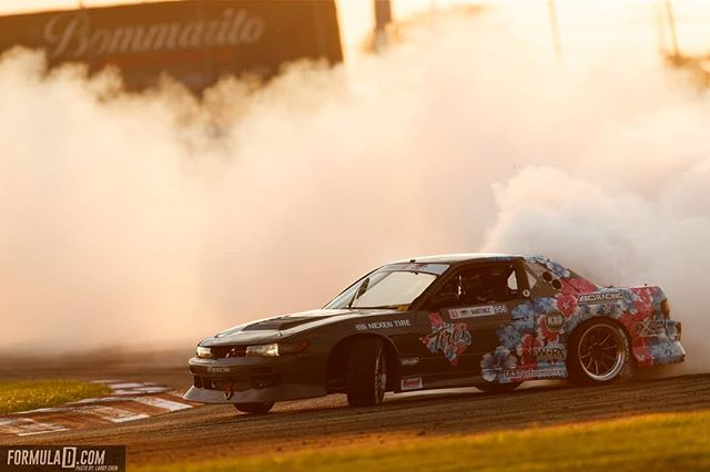 Mmm...Smokey! @texastiresandparts | @nexentireusa  Now we're cooking! More Pro 2 action at @autozone RD7: SHOWDOWN presented by @OfficialRainX in Fort Worth, TX on Sept. 14-15. Tickets: (link in bio)
