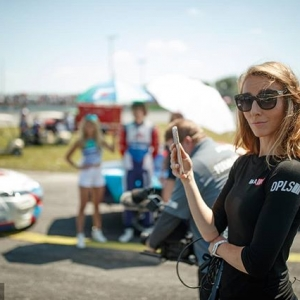 You know @LauretteNicoll as FD Sideline Reporter telling the stories of Drivers. She has one more for you: Hers. We want to give back, you can help support the City of Hope & your chance to win priceless FD Experiences such as Ride Alongs, VIP Experiences, & Even Laurette's job for a day! ONLY at ebay.com/usr/formuladrift (all proceeds to the City of Hope). Watch the full video during our #FDTXLive Stream (Sept 14/15): bit.ly/FD2018Live #FormulaDRIFT #FormulaD #FDXV