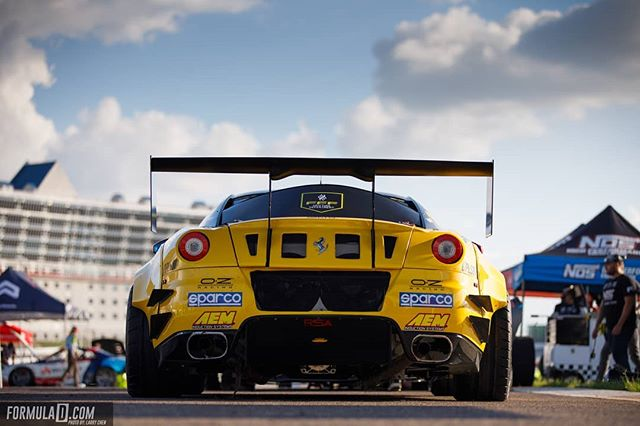 How many ponies are in this prancing horse? @federicosceriffo17 | @nittotire