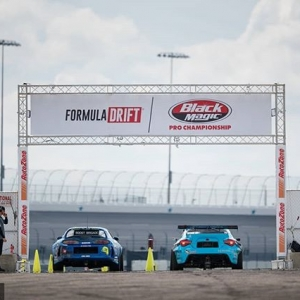 What was your favorite moment this season? COMMENT below! @raddandrift | @nexentireusa vs. @daiyoshihara | @falkentire #FormulaDRIFT #FormulaD #FDXV #FDIRW