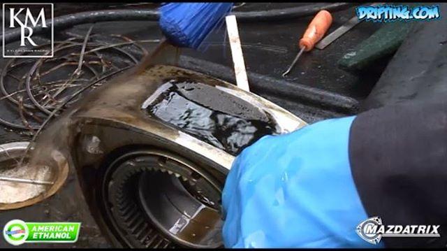 Cleaning 13B Engine Rotors - 13B Rotary Engine Rebuild with Kyle Mohan @kylemohanracing (2008 @driftingcom Video)