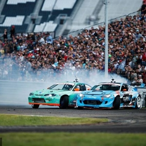 Knock-knock @falkentire | @daiyoshihara vs. @odidrift Door-to-door action coming to @oreillyautoparts RD1: The Streets of Long Beach presented by @permatexusa on Apr 5-6th. Tickets on Sale Now: (link in bio) #FormulaD #FormulaDRIFT