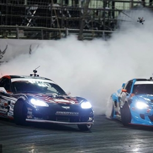 Night runners @dirk_stratton | @achillestire vs. @daiyoshihara | @falkentire It's on like a light at RD1: The Streets of Long Beach on Apr 5-6th. Tickets on Sale Now: (link in bio) #FormulaD #FormulaDRIFT