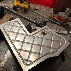 @sr_autobodies coming up with the goods yet again..... A lovely neat solution to a tight problem. Making a lovely panel to fit round the @chasebays brake booster delete kit and still managed to work in the pipe and slippers diamonds  ️ ️ ️ ️ ️ ️ ️ ️ ️ ️ ️ #sr #Nissan #s15 #silvia #silvias15 #s15silvia #sr20det #engine #car #turbo #sbody #schasis #stance #stancenation #metalwork #fabrication #slammed #instagram #restoration #s13 #s14 #s14a #photooftheday #silvianation #sxoc #rollcage #drift #drifting #driftcar #showcar