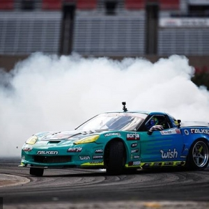 I whip my 'Vette back and forth @mattfield777 | @falkentire FD 2019 | @BlackMagicShine Sliding toward @oreillyautoparts RD1: The Streets of Long Beach presented by @permatexusa on Apr 5-6th. Tickets on Sale Now: (link in bio) #FormulaD #FormulaDRIFT