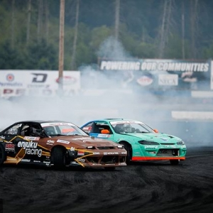 What's your favorite drift chassis? @k_lawrence352 | @nexentireusa vs. @odidrift | @falkentire FD 2019 | @BlackMagicShine Time to duel at @oreillyautoparts RD1: The Streets of Long Beach presented by @permatexusa on Apr 5-6th. Tickets on Sale Now: (link in bio) #FormulaD #FormulaDRIFT