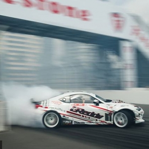 Bridge don't kill my vibe  #FDLB We'll see you at @autozone RD2: Scorched presented by @blackmagicshine in Orlando, FL. Apr 26-27. Tickets: (link in bio) #FormulaD #FormulaDRIFT #FDORL