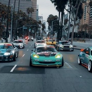 FD 2019 | @blackmagicshine Season Sixteen #FDLB in the books. We brought back the FD Parade & took over The Streets of Long Beach then to another epic @oreillyautoparts RD1 presented by @permatexusa FULL Video: Link in Bio #FormulaDRIFT #FormulaD