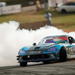 How much horsepower is in @DeanKarnage's viper? @AchillesTire We'll see you at @AdvanceAutoParts RD4: The Gauntlet presented by @BlackMagicShine in Wall, NJ. June 7-8. Tickets: (link in bio) #FormulaD #FormulaDRIFT #FDNJ