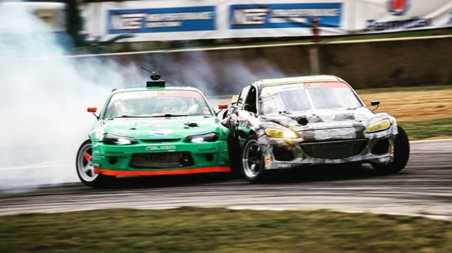 @kylemohanracing & @odidrift  Sometimes you just have to get down and boogie.     @visfire(@repost_via_instant)Rubbin's racin' 🤘 -