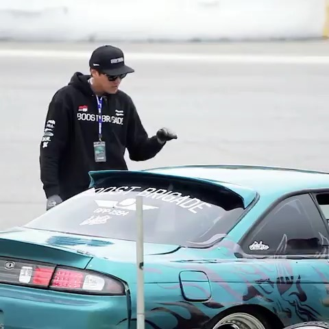 One of the more effective ways to describe drifting 😎  Here's @seanadriano and @kamikaze.mane doing a little demonstration (or dance) for @meliton.villamor at Round 2!  Video by @camartmedia