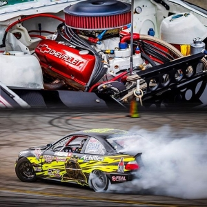 Who's a fan of @bear_rzesnowiecky's NA 700 HP M3 build? ‍♂️‍♀️ 📸 @gorillatornado #thedriftleague #milestartires #irwindalespeedway #formuladrift #formulad