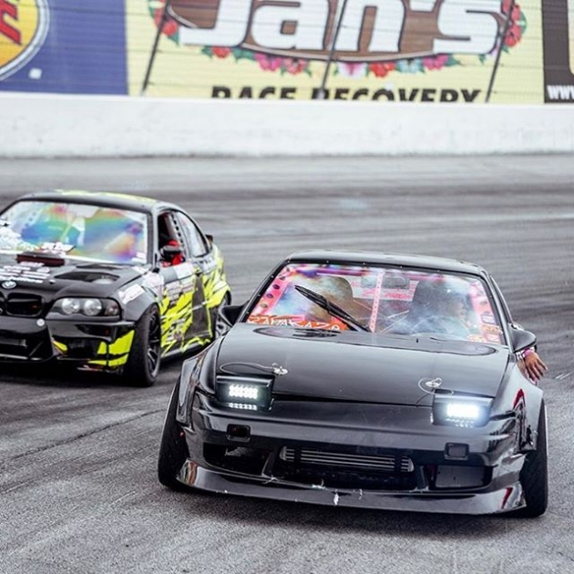 Chillin 😎 📸 @sognar.me ••Round 3 of @thedriftleague is presented by @milestar.tires & @motoiq•• ️Location: @irwindalespeedway ️Time: Gates open at 3 PM ️Price: $15 per person at the gate #thedriftleague #MotoIQ #FormulaDRIFT #irwindalespeedway #milestar #milestartires #patagoniamt #theofficialtireofadventure @obpmotorsport #obpmotorsport