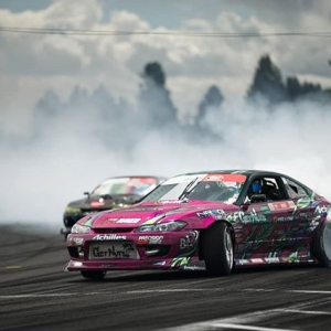 Who is coming out to watch on Saturday. @forrestwang808 #formuladrift #formulad #fdsea :@lusciousy