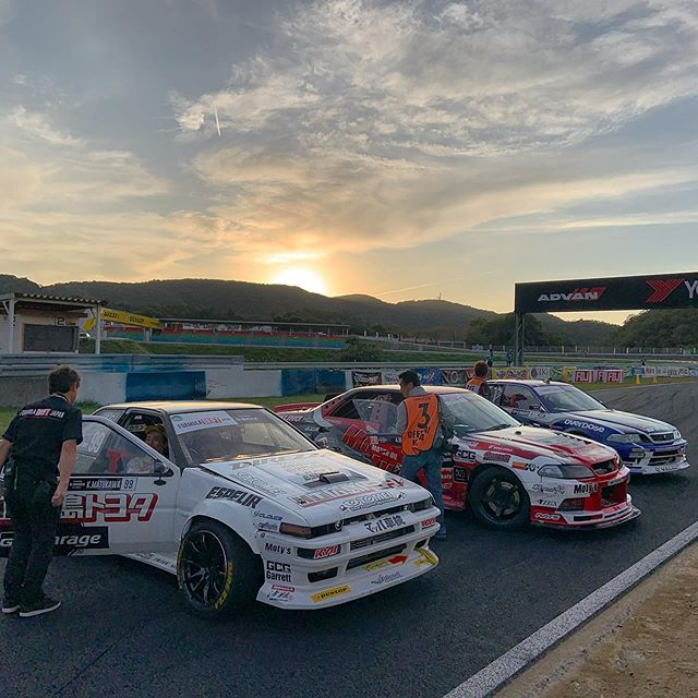 That was an emotional end to the event!! Congrats to @powervehicles100 in 1st, Koichi Yamashita in 2nd and Kazuya Matsukawa in 3rd at the @formuladjapan finals! Another season wrapped up with an ultra close Championship race that came down to the final battle. Incredible.