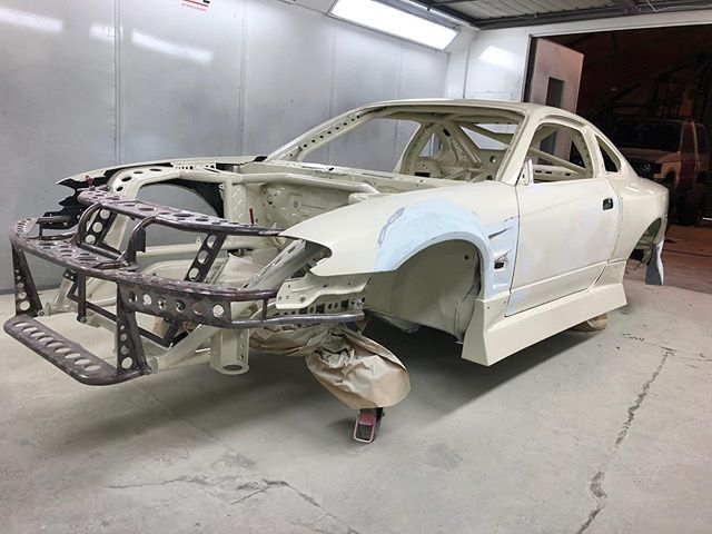 Front and rear starting to go back together so the guys @autocorrectbodyrepair can start work on the fit of the kit and the panel gaps 🏻 ️ ️ ️ ️ ️ ️ ️ ️ ️ ️
