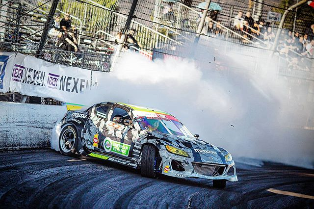 3Rotor KMR RX8 close to the wall 2019 Irwindale Formulad  www.kylemohanracing.com  @americanethanol @growthenergy  @thunderboltracingfuel