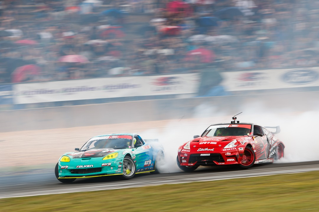 Sliding into the long weekend like... @MattField777 | @FalkenTire vs. @jeffjonesracing | @NexenTireUSA  | Round 1: Road to the Championship tickets available here: (link in bio)